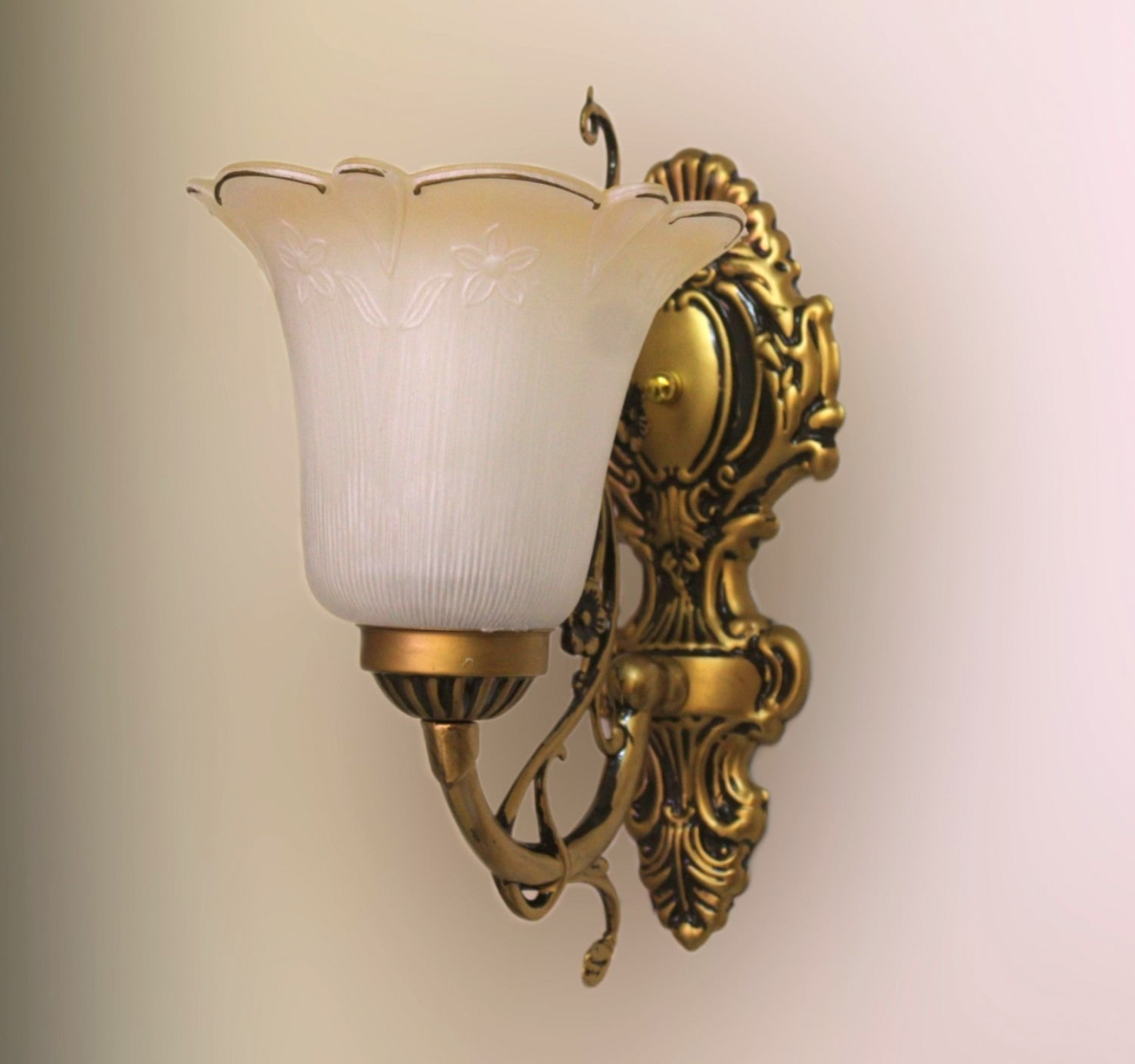 Wall Lights Buy Wall Lights Online At Best Prices In India Jhoomarwala
